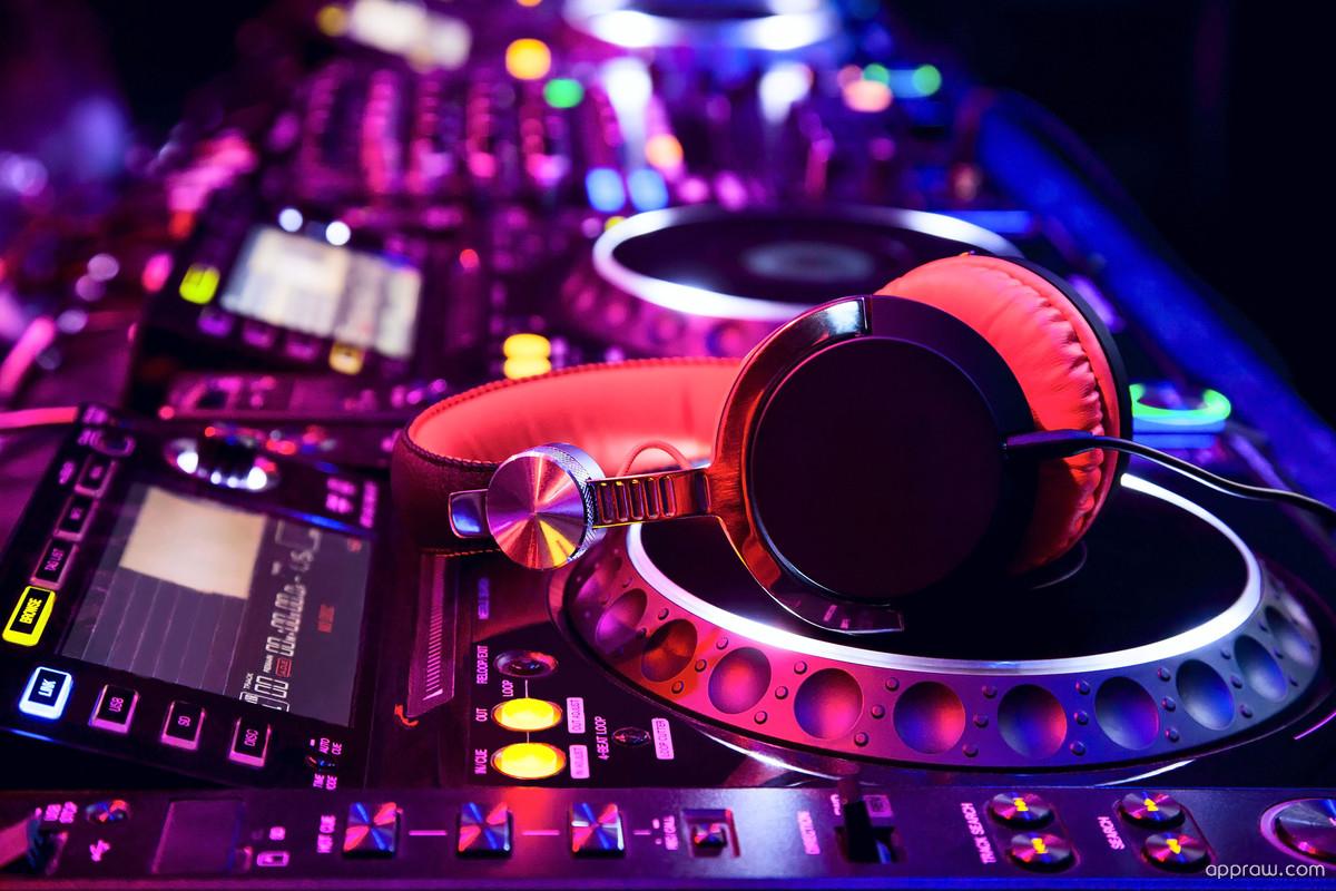DJ Mixer Wallpaper Download