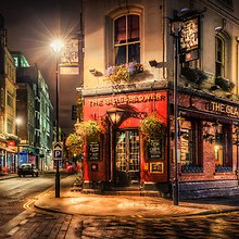 London Pub HDR