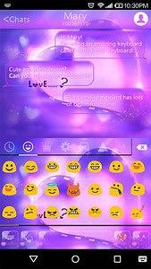 Love Is Emoji Keyboard Theme