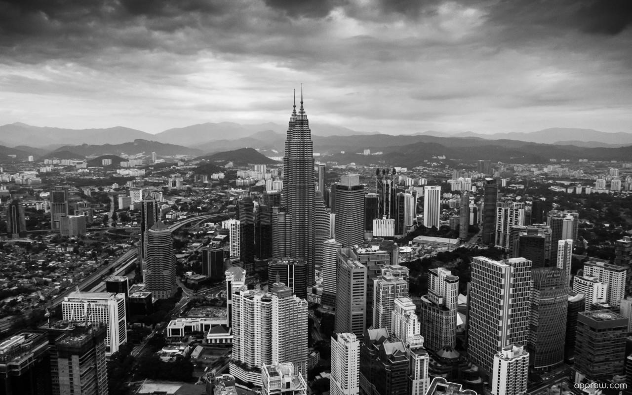 Petronas towers in kuala lumpur wallpaper download for Home wallpaper kuala lumpur