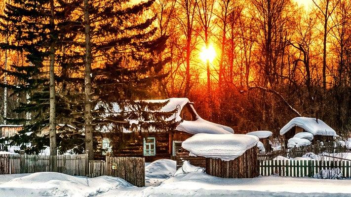 Log Cabin Sunset Winter