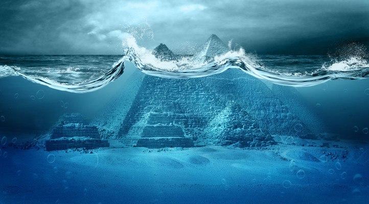 Pyramid Underwater
