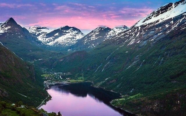 Fjord Glacier
