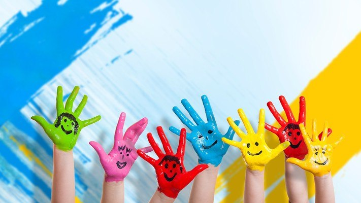 Kids Hand Painting