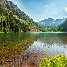 Maroon Bells - Colorado Mountain Lake